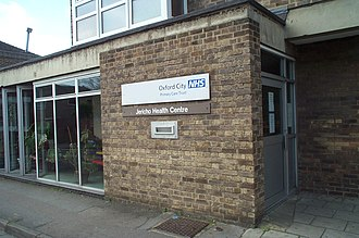 General practitioner - GPs in the United Kingdom may operate in community health centres.