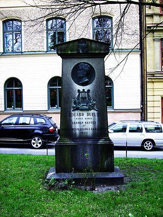 Édouard Du Puy - Édouard du Puy's grave, Johannes kyrkogård in Stockholm.