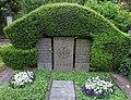Josef Kohns -grave.jpg