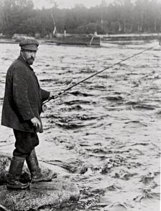 Juhani Aho - Juhani Aho fishing at Huopanankoski in Viitasaari, Central Finland