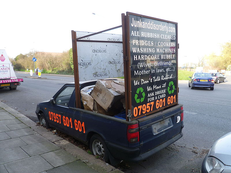 File:Junkanddisorderly.com vehicle Finchley, London.JPG