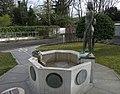 KGS-Geschichtsbrunnen 02.jpg