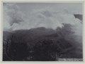 KITLV - 5811 - Kurkdjian - Soerabaja - Mount Bromo in East Java - circa 1910.tif