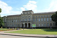 Karlsruhe - Museum fur NaturKunde 1.JPG