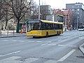 Katowice, ulice 3 maja, autobus Solaris.JPG