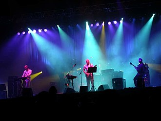 King Crimson - Image: King Crimson Dour Festival 2003 (01)