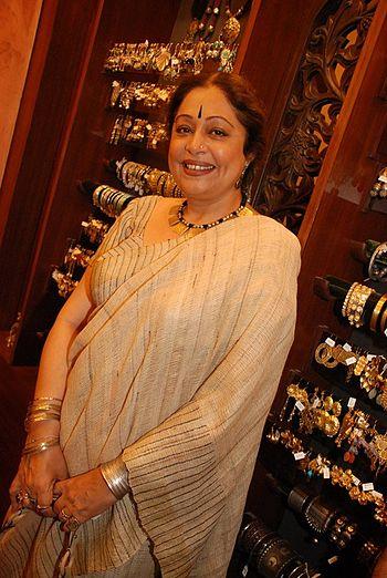 Kirron Kher at 'Amrapali' store opening
