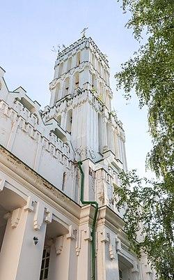 Knyaz-Vladimirsky Monastery 04.jpg