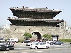 Korea-Seoul-Dongdaemun gate.jpg