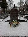 Ks. Jerzy Dajlida - grób na suwalskim cmentarzu.jpg