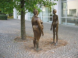Fat acceptance movement - The sculpture Bronskvinnorna (The women of bronze) outside of the art museum (Konsthallen), Växjö, Sweden. The sculpture is a work by Marianne Lindberg De Geer. It displays one emaciated and one obese woman as a reaction to body fixation.