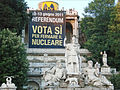 La terrasse du Pincio au moment du Référendum (Rome) (5969166075).jpg