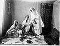 Ladies of the royal harem enjoying an Afghan meal. Kabul Wellcome L0028379.jpg
