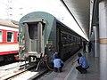 Lanzhou Train Station -4 (867201787).jpg