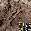 Lapa do Santo - Sepultamento 19 - Foto de Campo Exposicao 13.jpg