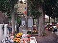 Laroque Monument.jpg