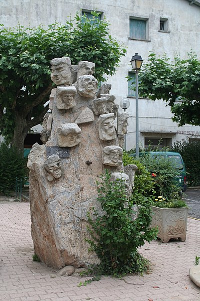 Le Poujol-sur-Orb (Hérault) - Monument.