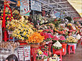 Le marché central (Phnom-Penh) (6847538718).jpg