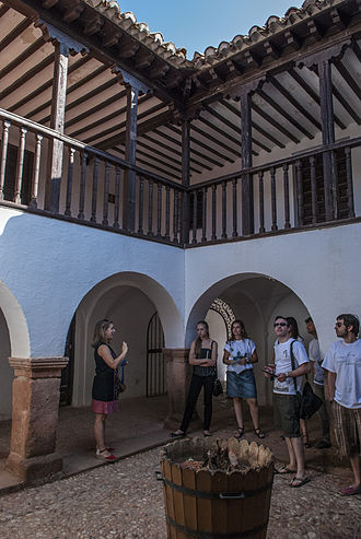 "Villanueva de los Infantes, Ciudad Real - Villanueva de los Infantes is member of the cultural programme Ruta Ñ to promote the Spanish language and culture. Photo: Students of Spanish in the ""Casa de los Estudios"" (Villanueva de los Infantes)."