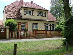 Haus gehörte zum Lehnschulzengut des Dorfes, das 1850 verkauft wurde.