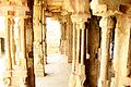 Lepakshi temple pillars 2.jpg