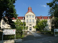 Lichterfelde Carstennstraße 58 DRK Präsidiumsgebäude-001.JPG