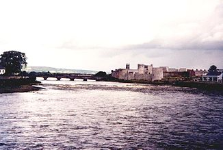 The Shannon at Limerick;  in the background King John's Castle