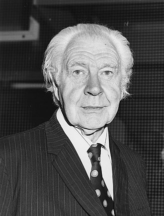 Lionel Robbins - Robbins at the opening of the Lionel Robbins building, 27 July 1978
