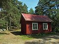 Little hut on Vepsä island.jpg