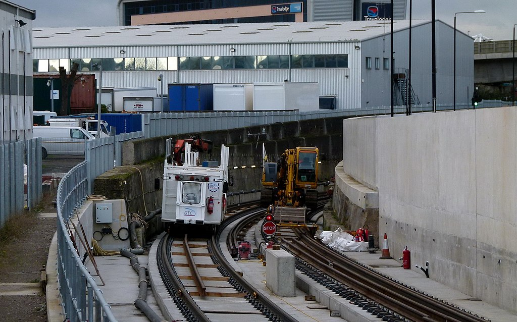 1024px London%2C North Woolwich%2C Crossrail construction site 10 - Build Crossrail's City Airport station!