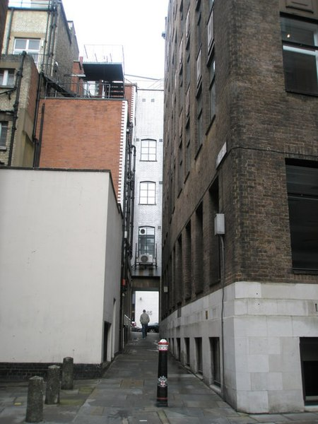 File:Looking up Pleydell Court and into Fleet Street - geograph.org.uk - 766499.jpg