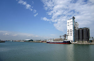 Port of Lowestoft - Image: Lowestoft harbour
