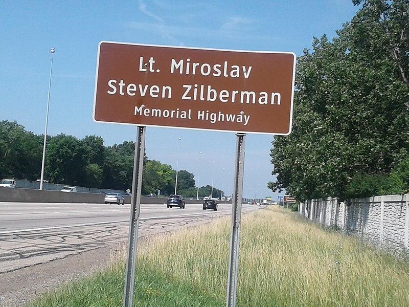 File:Lt. Miroslav Steven Zilberman Memorial Highway 2018-07-03.jpg
