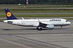 Lufthansa, D-AIUR, Airbus A320-214 (28461523305).jpg