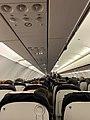 Lyon Saint-Exupéry - intérieur d'un avion avant son décollage vers Paris.jpg