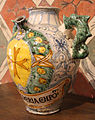 Maiolica di montelupo, coppia di orcioli da farmacia, 1550 ca. 00.JPG