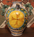 Maiolica di montelupo, coppia di orcioli da farmacia, 1550 ca. 01.JPG