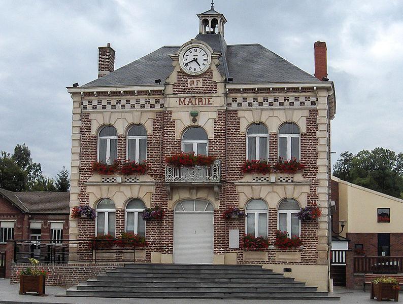 Fichier: Mairie de Souchez.JPG