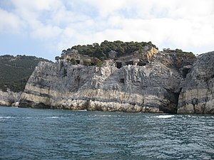 Palmaria (island) - The marble caves