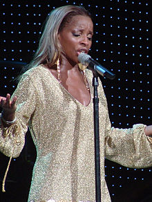 Mary J. Blige performing live during her The Breakthrough Experience Tour in Raleigh, North Carolina on July 16, 2006