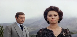 Con la Loren in Matrimonio all'italiana (1964)