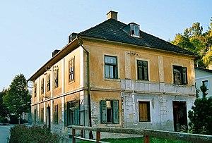 Mayerhaus_gesamt.jpg
