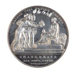 eb8e24f21470 Medalj slagen med anledning av drottning Viktorias kröning 28 juni 1838. Drottning  Viktoria ...