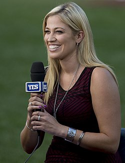 Meredith Marakovits - YES Network - September 10, 2013.jpg