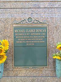 Michael Clarke Duncan Grave.JPG