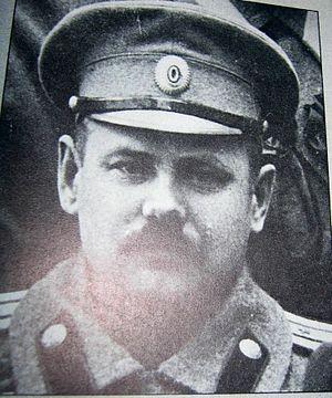 Mikhail Svechnikov - Verner Lehtimäki as a Soviet pilot