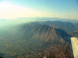 Vista aerea del Monte Taburno