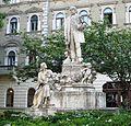 Monument à la gloire de Semmelweis à BUDAPEST.jpg