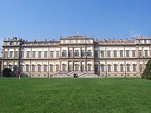 Villa Reale di Monza, la facciata verso i Giardini