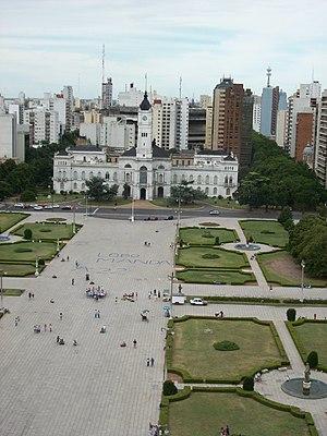 Municipalidad de La Plata y Plaza Moreno